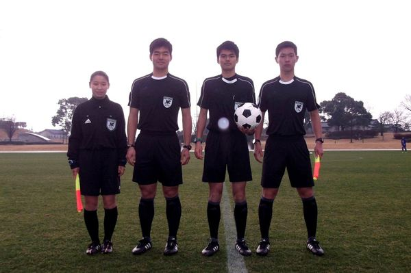 17_REFEREE_youth1-2.jpg